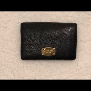 Mic Michael Kors black pebble snap wallet